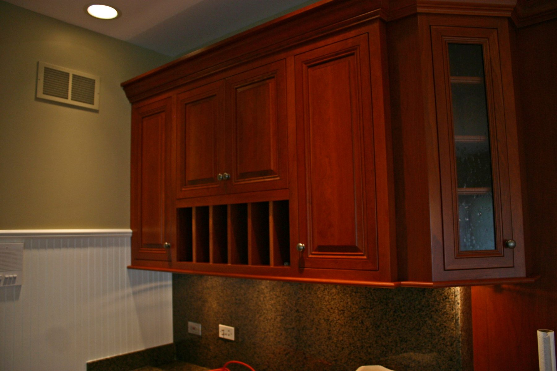 Best return on investment bathroom remodel project for Bathroom remodel return on investment