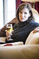 woman-drinking-wine-friends-kitchen-switchin-lotz